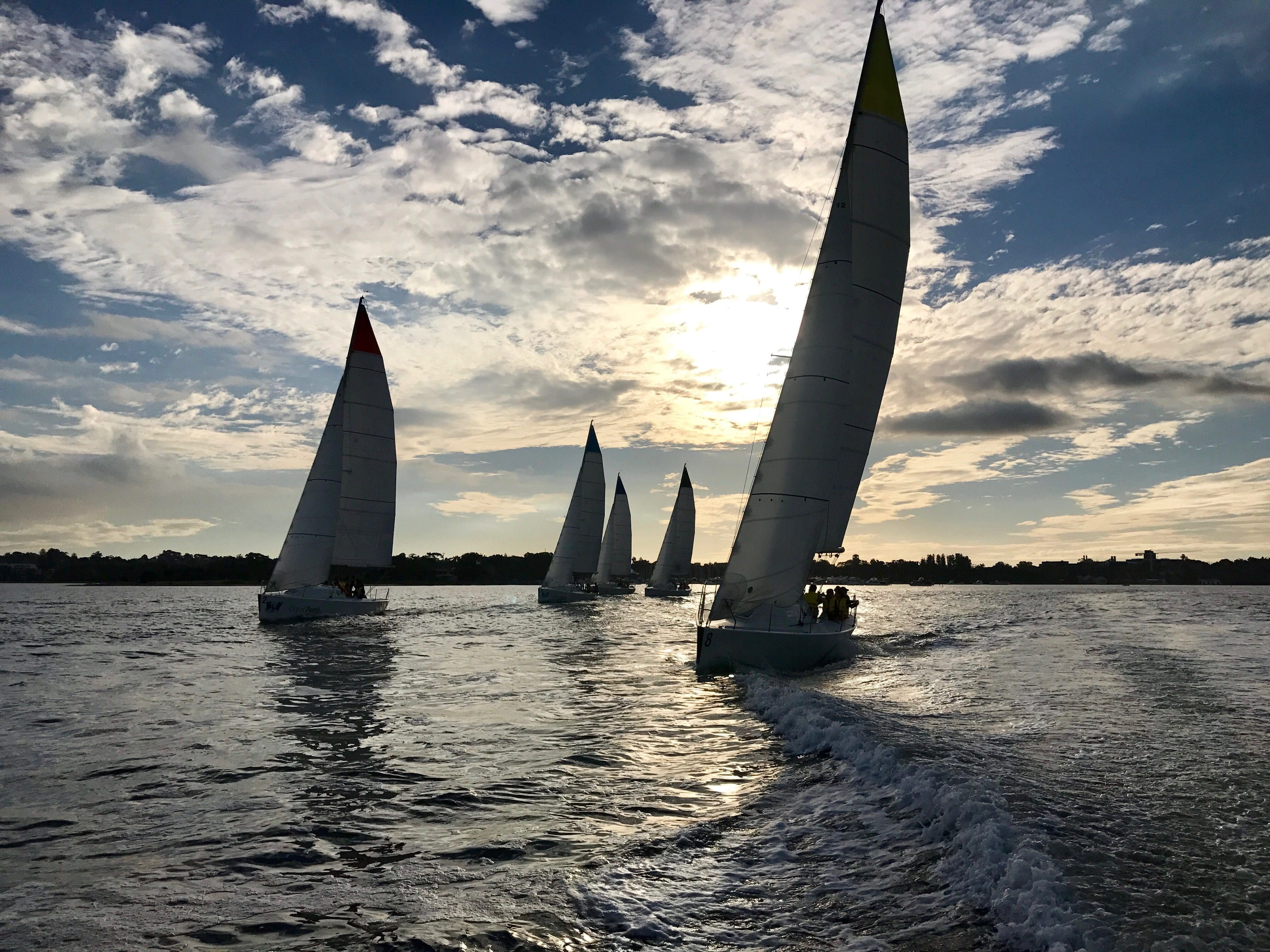 twilight sailing perth