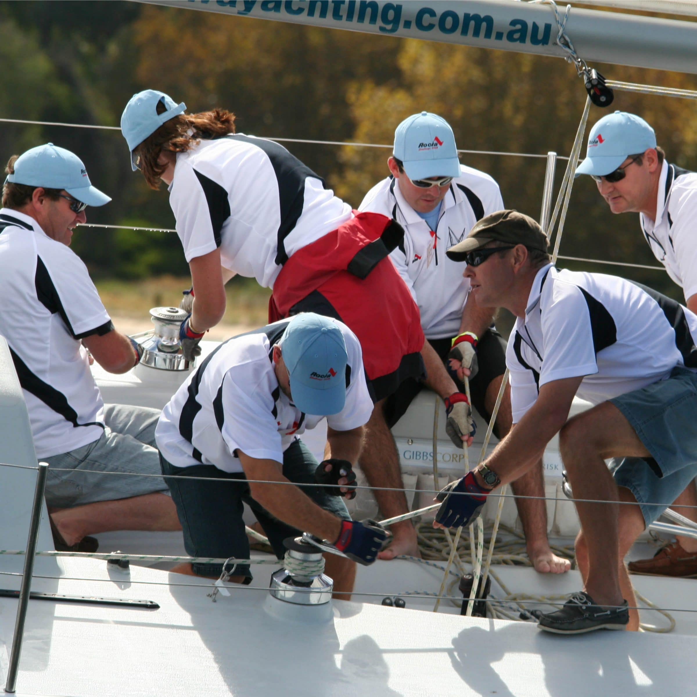 team building with swan river sailing in perth