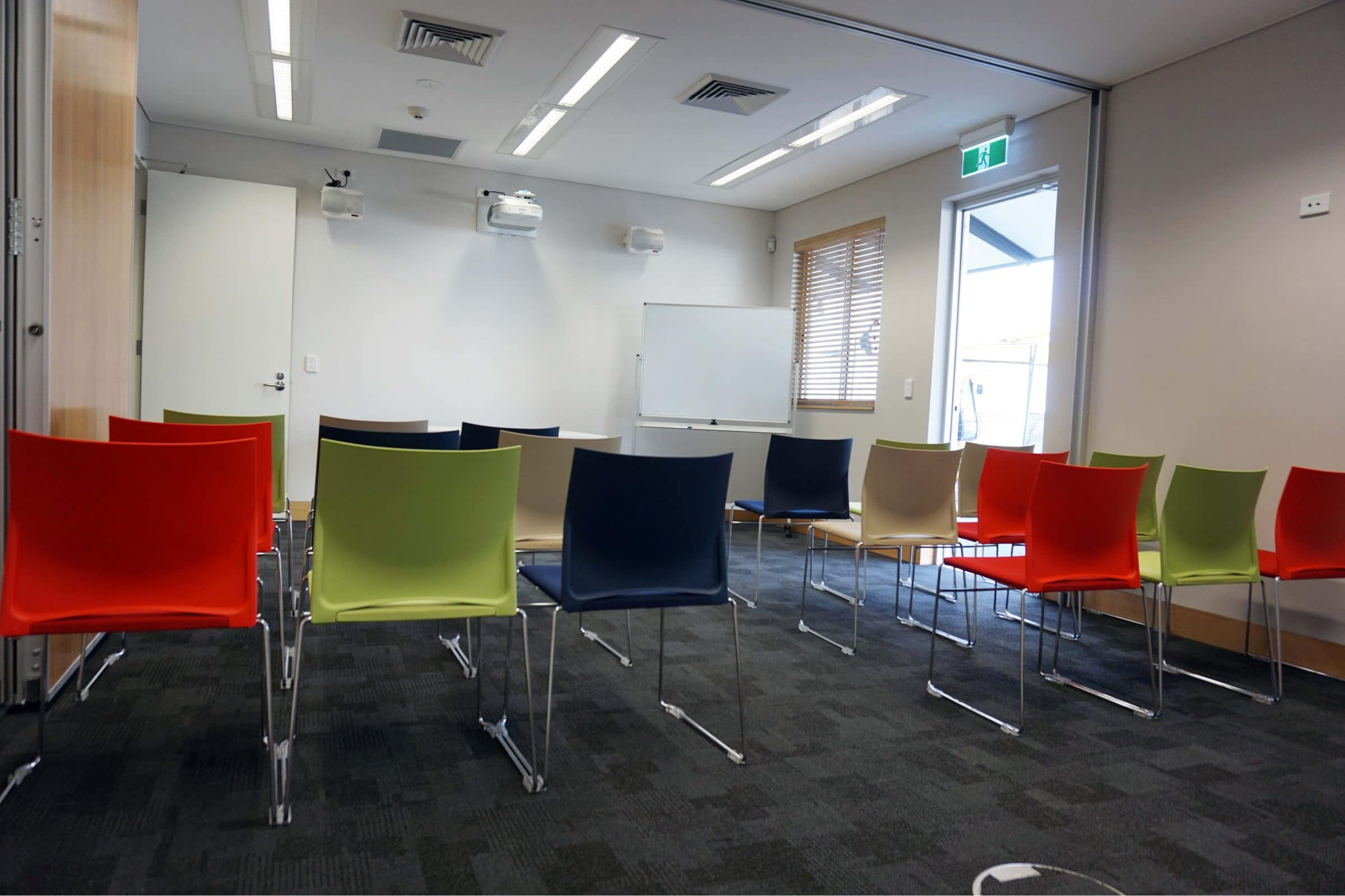 function room hire perth for corporate meetings with swan river sailing