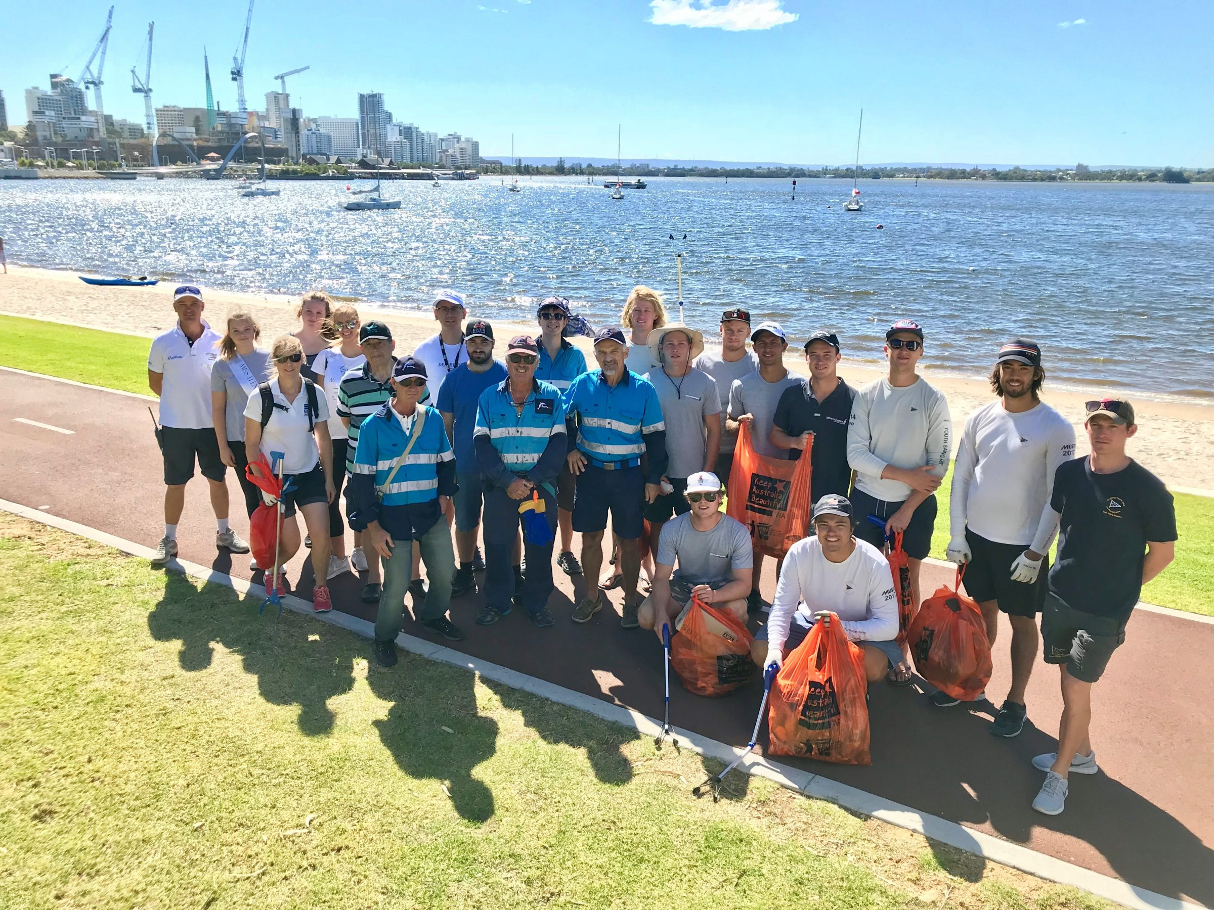 2019 city of perth festival of sail beach clean up on the perth foreshore